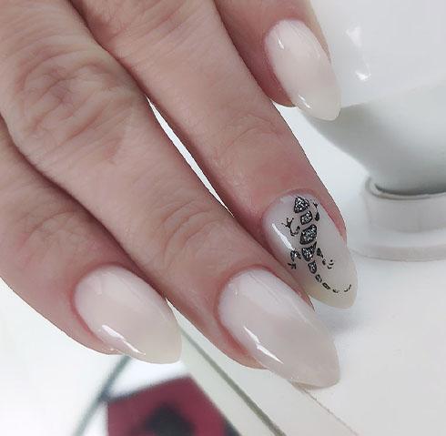 ящерица нюдовый цвет ногтей 2022